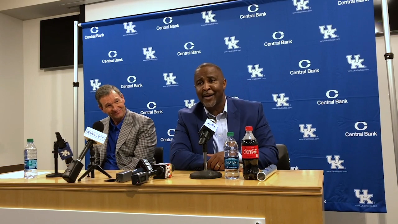 How Cawood Ledford and Kentucky basketball delivered a Hall of Fame coach to UK