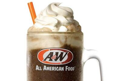 A&W celebrates 100 years of root beer, floats
