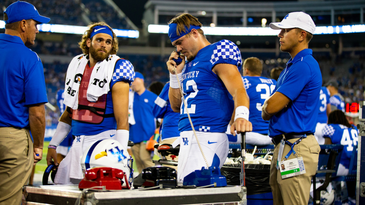 The hottest ticket in college football this week? Florida at Kentucky.