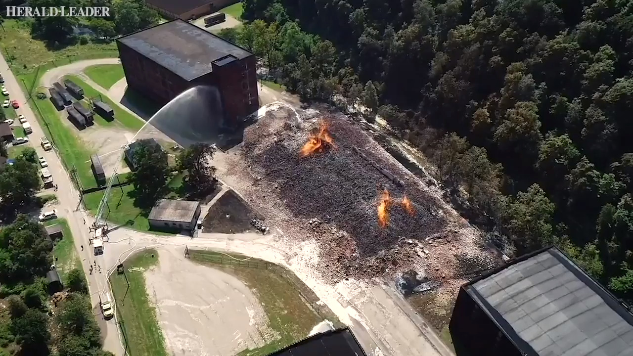 Massive fire destroys Jim Beam Kentucky warehouse. Bourbon runoff reaches Kentucky River.