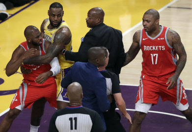 Warriors' Green sees 'double standard' in NBA's punishments for Lakers-Rockets scuffles