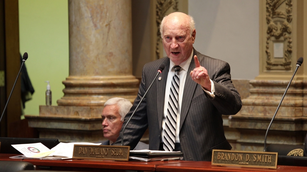 Beshear endorsed by Republican state senator, who says Bevin 'failed miserably'
