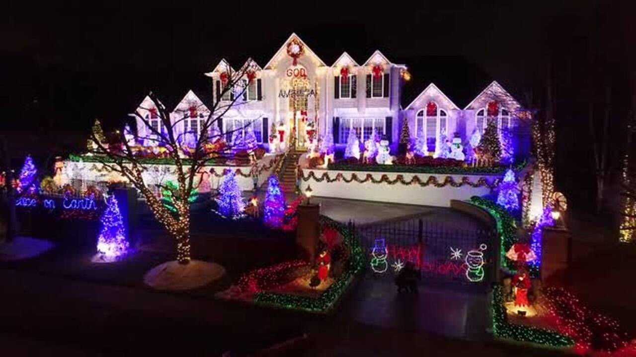 Chinoe Road Christmas Lights Home In Lexington To Offer Tour