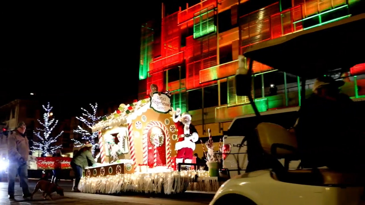 Weekend musts: Two Xmas parades, two Nutcracker-themed dates plus Ashland by candlelight