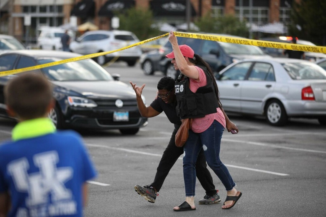 Three People Shot at Fayette Mall in Kentucky