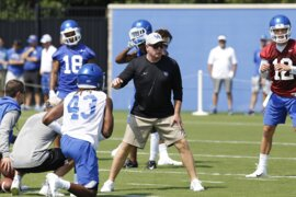 Mark Stoops sizes up start of Kentucky's fall football practice