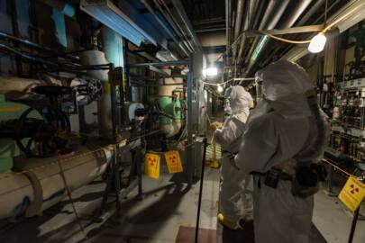 Plutonium-contaminated Hanford 'canyon' is deteriorating. Environment is at risk, study says