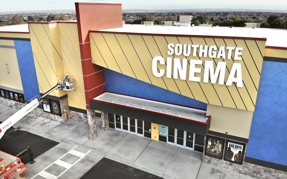 Grab your popcorn. New movie theater opens Thursday