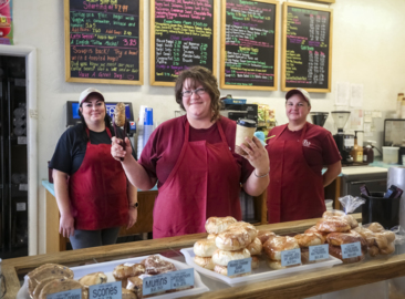Longtime favorite Tri-Cities bagel shop is getting a new owner