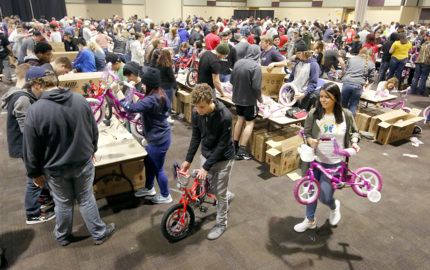 All hands on deck building 2,000 bikes in Kennewick