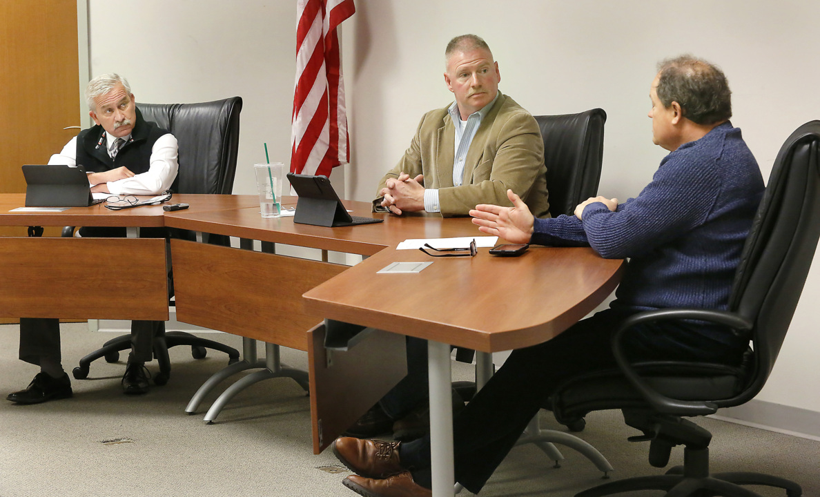 Benton commissioners try to smooth out jail takeover after bumpy start