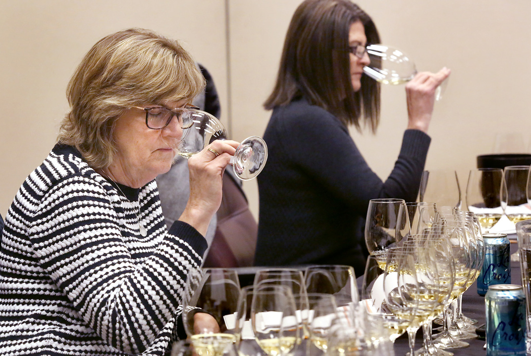 Noses in the know about Northwest wines