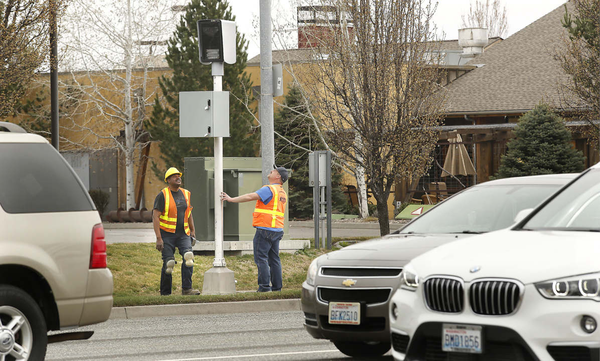 How Much Is A Red Light Ticket >> 5 Things To Know About Pasco S New Red Light Cameras Tri City Herald