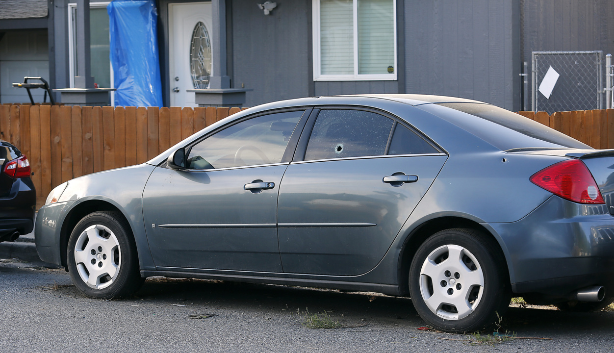 Bullets hit cars and houses in possible gang-related Kennewick shooting