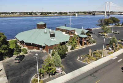 Popular Tri-Cities riverfront dining spot getting new owners. Here's what they have planned