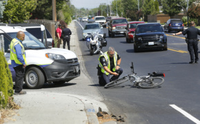 Cyclist and car collide in Kennewick
