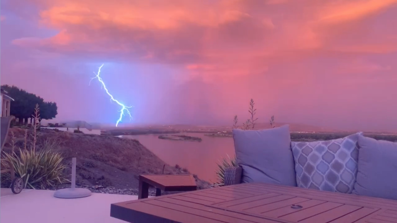 Tri-Cities wakes up to dazzling sunrise lightning storm