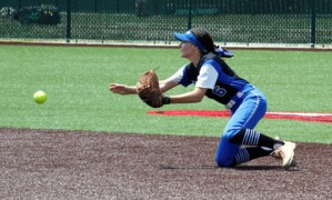 Goddard's comeback slips away in state quarterfinal after 7-run hole