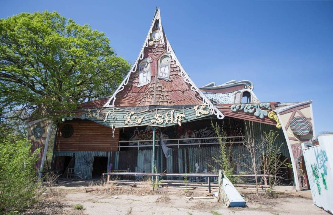 Abandoned Joyland park could be reborn with carnival rides, weddings, paintball range