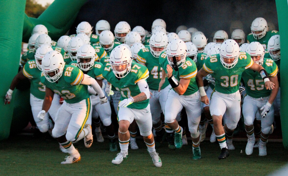 High school football roundup: 6 undefeated teams fight to shocking finals in Week 5