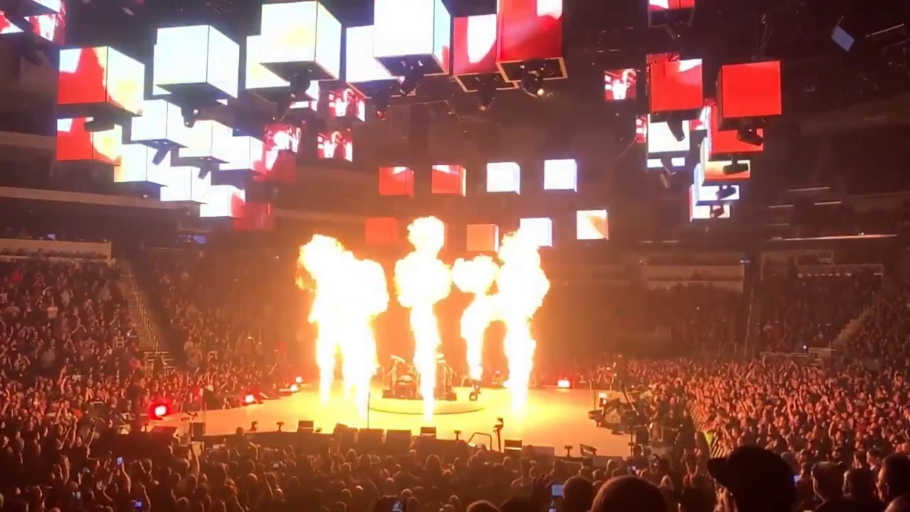 Metallica crowd breaks arena attendance record | The Wichita