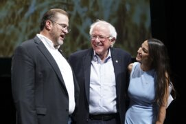 Bernie Sanders fires up 4,000 in Wichita with rally for James Thompson