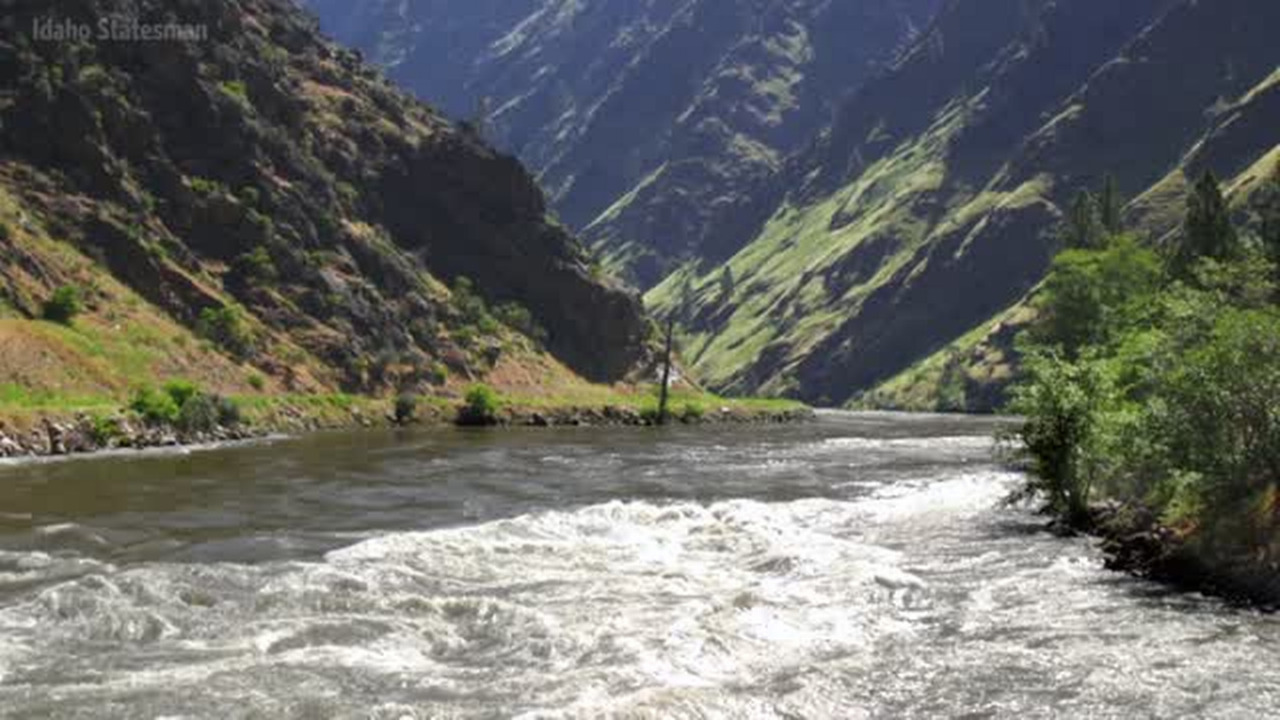 A salmon dispute is in the way of Idaho Power relicensing its 3 big Hells Canyon dams