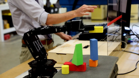 New Discovery Center exhibit coming soon: a 'magical' robotic arm