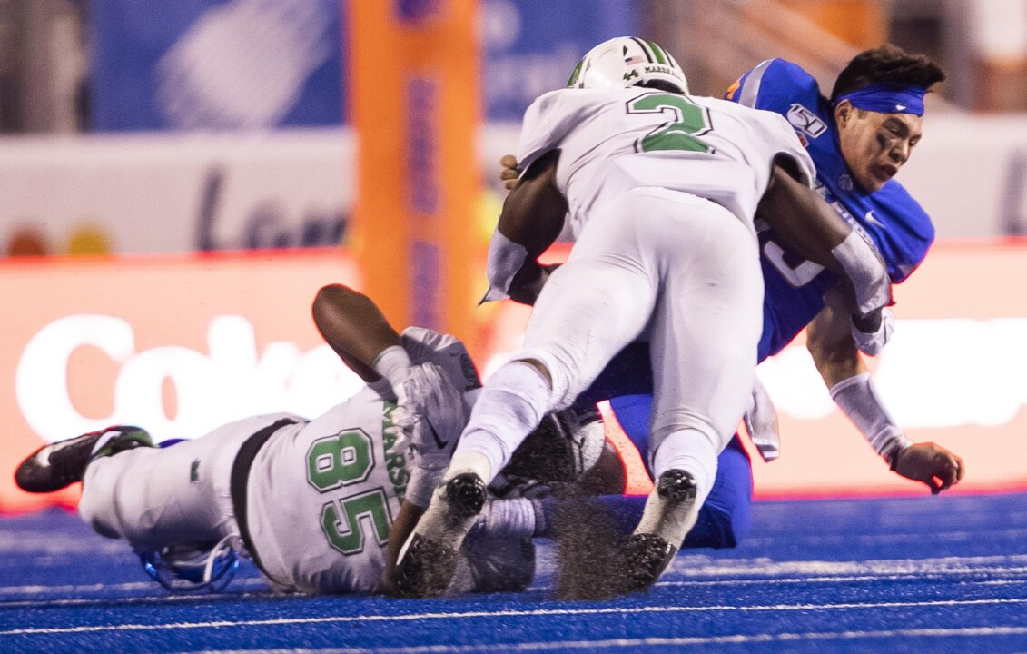 Boise State QB Bachmeier leaves Hawaii game with injury after another big hit