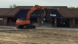 Albertsons Broadway store demolition
