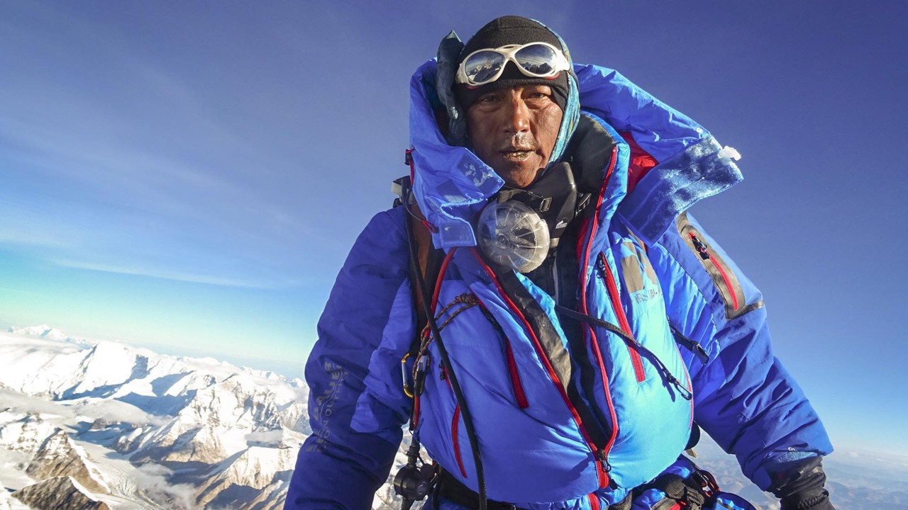 This former Tri-Citian just climbed Everest for the 20th time. He's never seen it so busy.