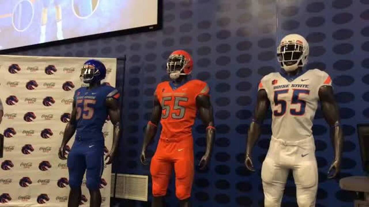 Boise State football uniform showdown: What's your favorite white jersey combo?