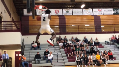 5A SIC dunk contest: Watch the league's top two dunkers square off in the finals