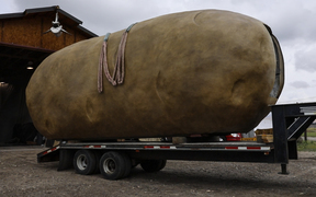 New Big Idaho Potato has AC, a mashed-potato interior and cushy digs for Spuddy Buddy