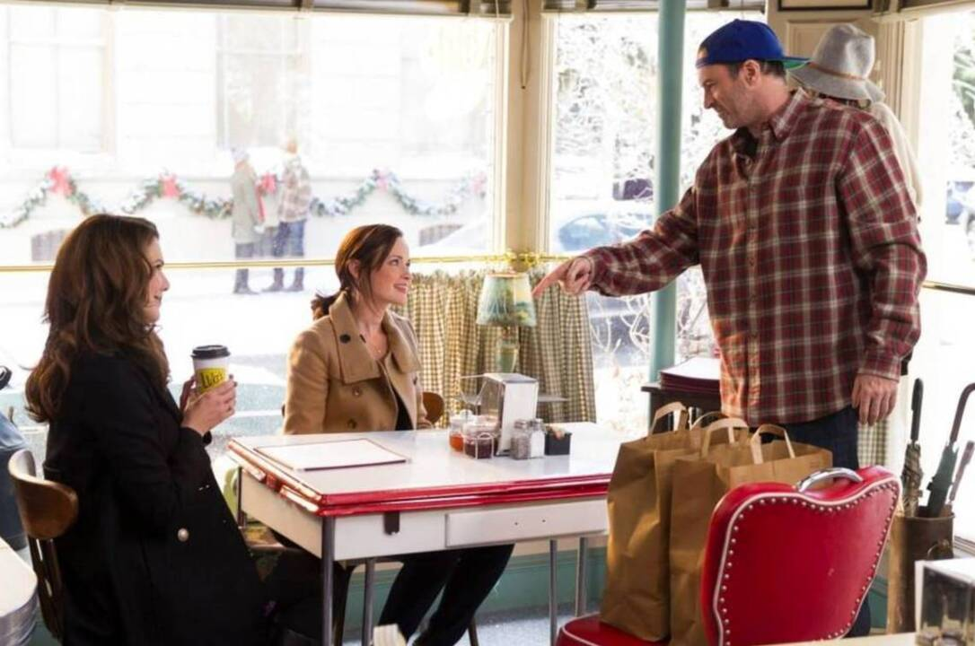 Local coffee shops become Luke's Diner from 'Gilmore Girls