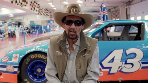 NASCAR legend Richard Petty gets his COVID-19 vaccine