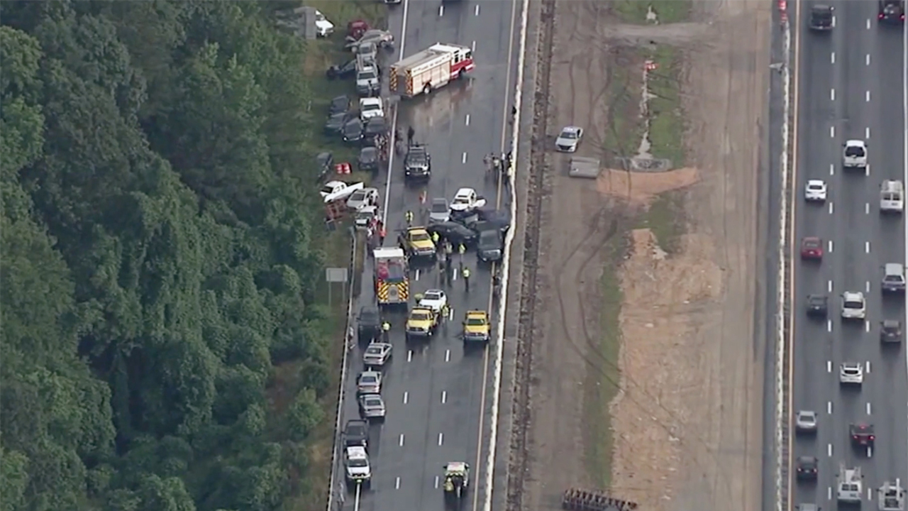 Multiple-vehicle wreck ties up traffic on westbound I-40 in Garner