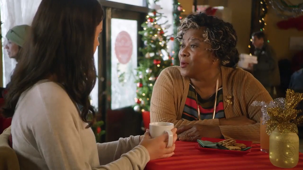 What to Watch on Sunday: Loretta Devine stars in a new Christmas movie