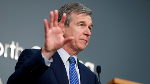 NC governor ends curfew, eases COVID restrictions for sports, bars