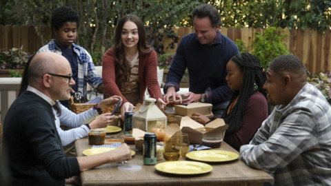 How CBS sitcom 'The Unicorn' gets Raleigh realism while filmed in LA