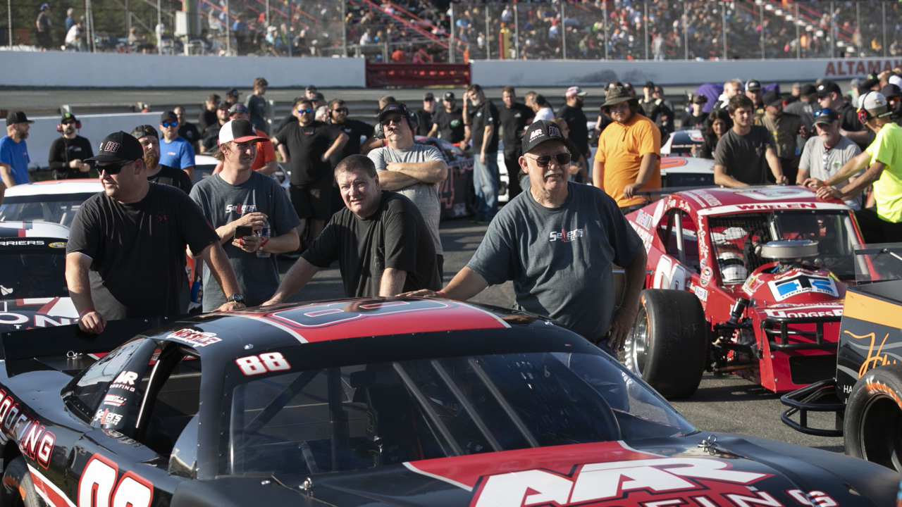 In rural N.C., racing fans packed a speedway to defy governor in pursuit of 'freedom'