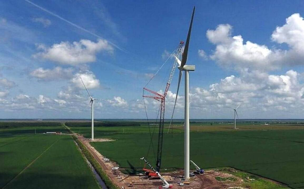 as amazon wind farm rises in northeastern north carolina  opposition mounts against apex