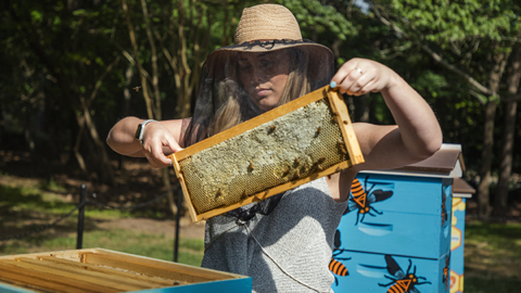 Entrepreneur Leigh-Kathryn Bonner, our Tar Heel of the Month, champions the honey bee