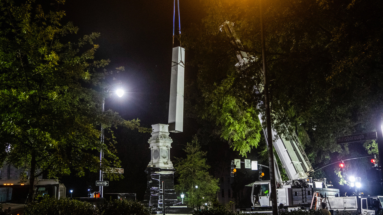 Clinton, NC, removes Confederate statue after it was toppled overnight