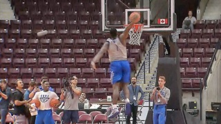 Duke's Zion Williamson takes off from foul line for a monster dunk