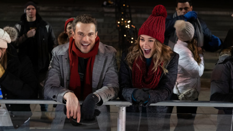 Lifetime preview 'Christmas on Ice'