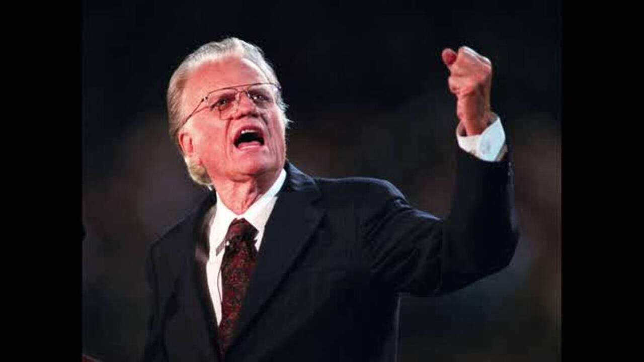 Rev  Billy Graham: photos of his life, his thoughts about