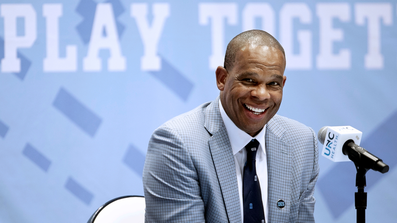 How much will UNC coach Hubert Davis make? Here's what's in the proposed agreement.
