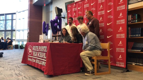 Live updates: Area high school athletes sign national letters of intent