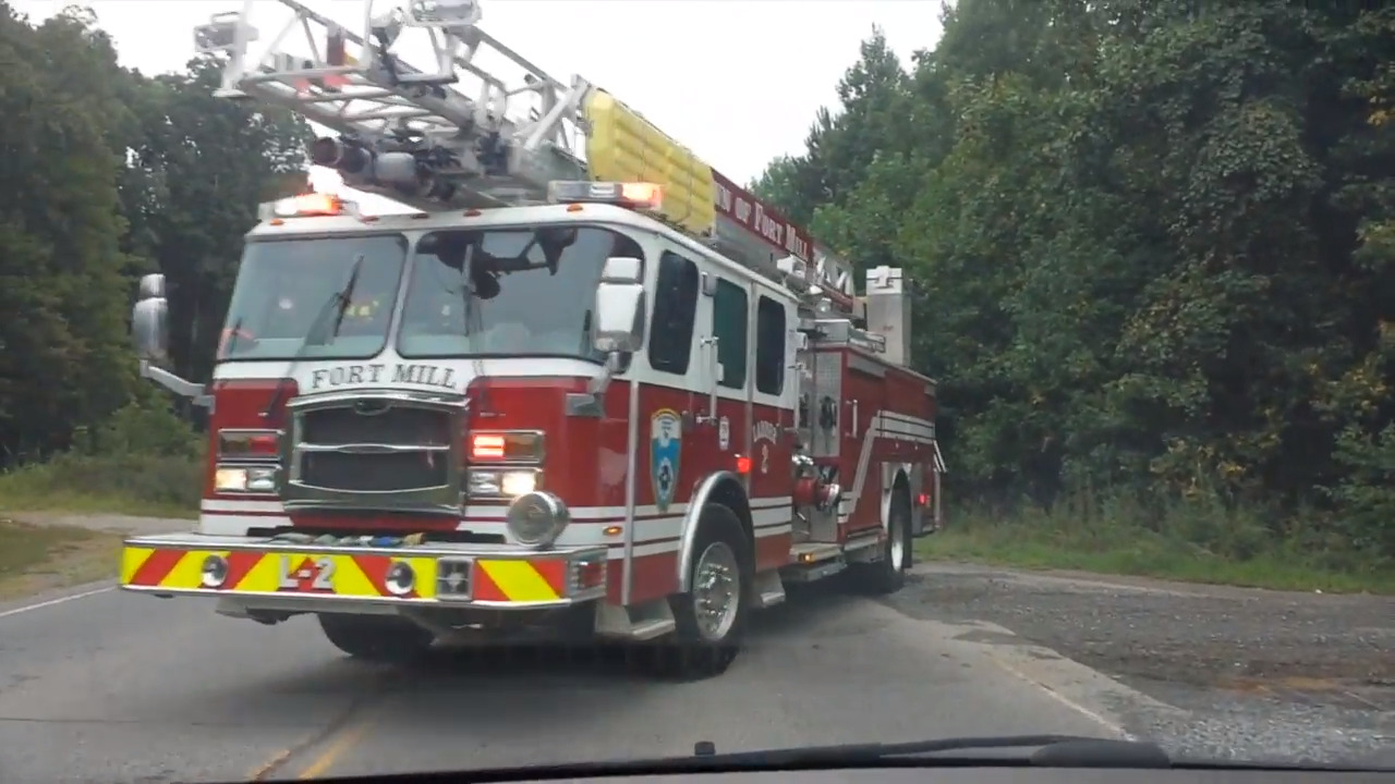 Commute alert: Smoke and trucks was grass fire near Fort Mill Parkway, officials say